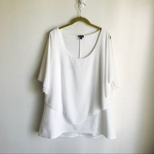 torrid Tops - Torrid White Top Split Sleeves Tie Ends Size 3